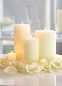 interior-simple-wedding-table-centerpieces-candles-with-rose-petals-with-wedding-reception-and-dessert-tables-for-weddings-luxurious-wedding-centerpieces-with-candles-for-table-center-de